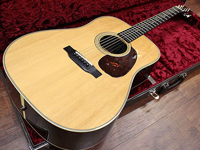 Collings D2H with L.R.Baggs Pickupのサムネイル