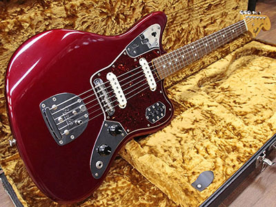 Fender USA American Vintage 62 Jaguar Candy Apple Redのサムネイル