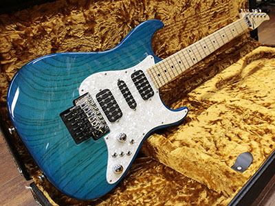 Tom Anderson Classic Bora to Transparent Blue Burstのサムネイル