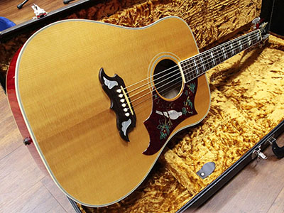 Gibson Dove Antique Natural Top with Cherry Backのサムネイル
