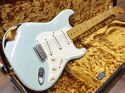 Fender Custom Shop Limited Edition 1956 Stratocaster Relic Multi Layer Sonic Blueのサムネイル