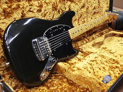 Fender USA Mustang '77-78 Blackのサムネイル