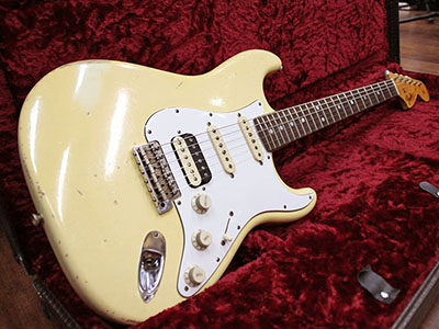 Fender Custom Shop Master Built 1966 Stratocaster Relic Vintage White by Todd Krauseのサムネイル
