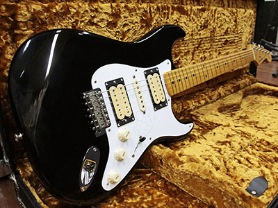 Fender USA Dave Murray Stratocaster Blackのサムネイル