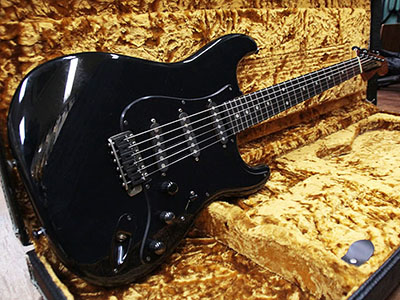 Schecter Stratocaster Type Blackのサムネイル