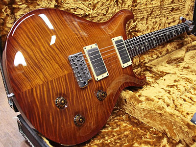 Paul Reed Smith(PRS) 20th Anniversary  Custom 22 10Top Flame Violin Amber Burstのサムネイル