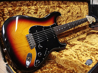 Fender Custom Shop Master Built 1969 Stratocaster NOS 3CS by Dale Wilsonのサムネイル