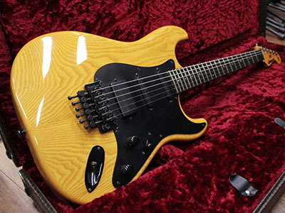 moon Stratocaster Type Natural Ash Bartolini PUのサムネイル