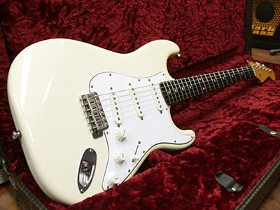 Freedom Custom Guitar Research Stratocaster S.O.ST.t.p M/Z Brazilian Rosewoodのサムネイル