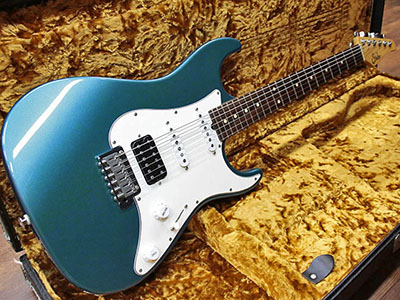 Suhr Standard Old Lake Placid Blue Brazilianのサムネイル