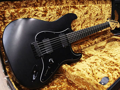 Fender USA Jim Root Stratocaster Blackのサムネイル