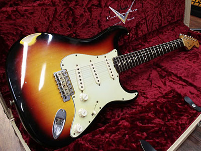 Fender Custom Shop Limited Master Built 1960 Stratocaster Relic 3TS Brazilian Rosewood Fingerboard のサムネイル