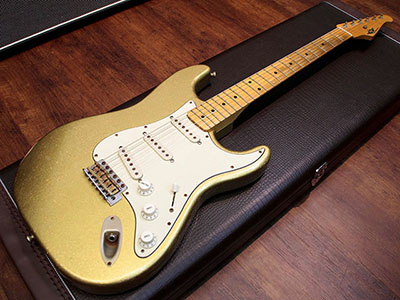 RS Guitarworks Old Friend Contour Whiteguardのサムネイル