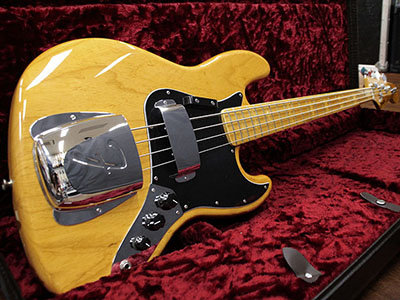 Fender USA American Vintage Jazz Bass 75 Factory Special Run(FSR)  Aged Natural のサムネイル