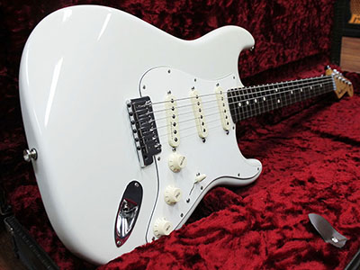 Fender Custom Shop Master Built Jeff Beck Stratocaster Olympic White by Todd Krause 2015のサムネイル