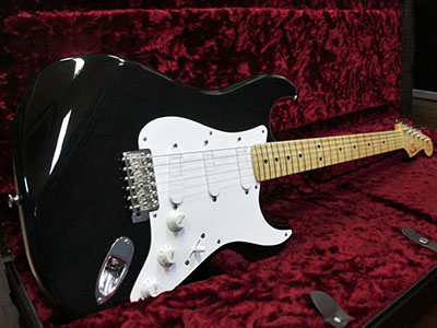 Fender Custom Shop Master Built Eric Clapton Stratocaster Blackie by Art Esparza 2001のサムネイル