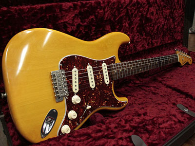 Freedom Custom Guitar Research S.O.ST M/R AL2P.VYN2 Vintage Yellow Naturalのサムネイル
