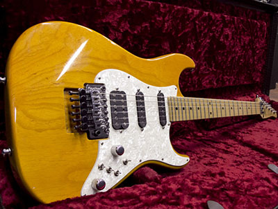 Tom Anderson Classic Switchroo Trans Amberのサムネイル