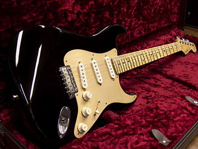 Fender Custom Shop Classic Player Stratocaster Blackのサムネイル