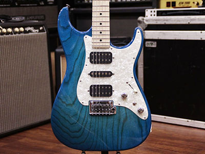 Tom Anderson Classic Sheer Bora to Trans Blue Burst のサムネイル