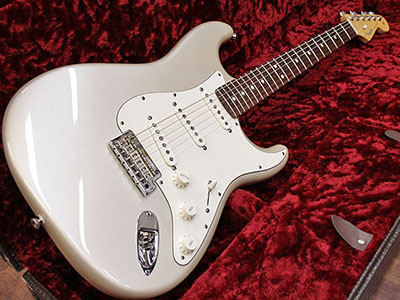 Fender USA American Standard Stratocaster BLZ/Rのサムネイル